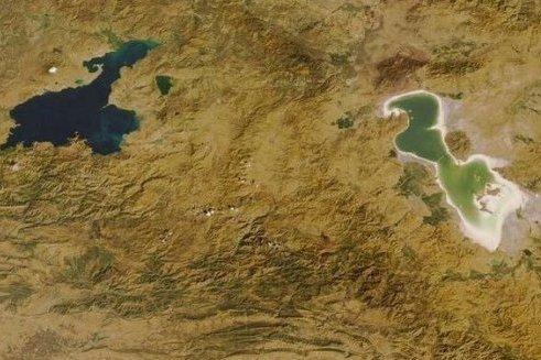 انتقال آب از وان به دریاچه ارومیه