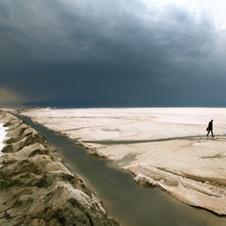 دریا بیابان میشود