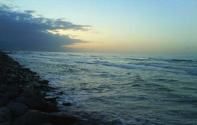 عمق آب دریای خزر هم کاهش یافت / سطح آب دریا یک متر پایین رفت