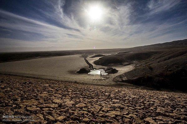 کم آبی و خشک سالی