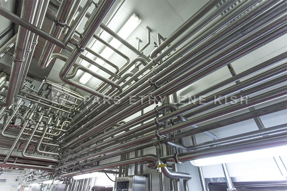 تصویر لوله کشی آب ساختمان